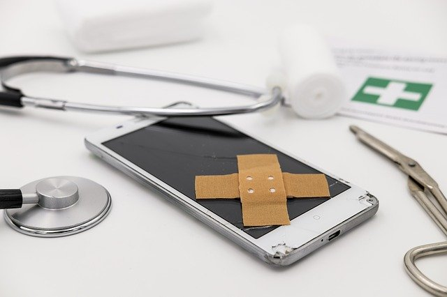 phone insurance claim as phone is broken and needing to be repaired with medical kit